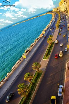 The corniche in Alexandria Egypt. Beautiful Places To Visit, Wonderful Places, Places To Travel, Places To Go, Modern Egypt, Visit Egypt, Egypt Travel, Giza, Luxor