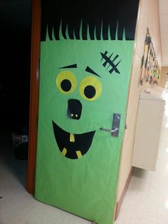 Christmas Door Decorations for School | Frankenstein door | Great Holiday Ideas for School
