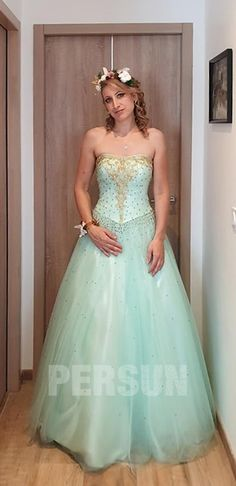 Cheap Ball Gown Sweetheart Beading Green Prom Dress offered at PERSUN is of super quality and the latest design. Enjoy fashion with the least cost in our Evening Dresses store. Tulle Prom Dress, Prom Dresses, Formal Dresses, Tulle Lights, Formal Wear Women, Dress Out, Pink Tulle, Sequin Fabric, Bustier