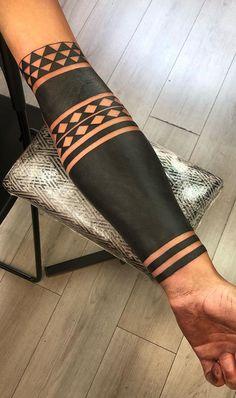 Tribal Pattern Tattoos, Skull Rose Tattoos, Tribal Sleeve Tattoos, Body Art Tattoos, Hand Tattoos, All Black Tattoos, Solid Black Tattoo, Black Band Tattoo, Armband Tattoo Design