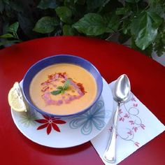 """Κόκκινες φακές σε σούπα, μία """"άγνωστη"""" νοστιμιά!!! συνταγή από ggr - Cookpad Thai Red Curry, Ethnic Recipes, Food, Hoods, Meals"""