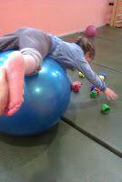 Ejercicios para niños con hemiparesia http://davidaso.fisioterapiasinred.com/2012/04/ejercicios-para-ninos-con-hemiparesia.html