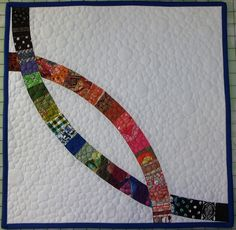 Super modern interpretation of DWR -- this could work on a larger quilt with smaller piecing, but larger quilting.