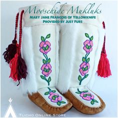 #Moosehide #Mukluks made by Mary Jane Francois of #Yellowknife provided by @justfursyellowknife