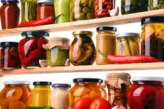 Learn more about how to start your own long term food pantry at home - including benefits, tips for what types of food to store, and where they should go. Feng Shui, Emergency Food Supply, Emergency Preparedness, Organic Cooking, Long Term Food Storage, Baking Items, Best Peanut Butter, Kitchen Must Haves, Kitchen Tips