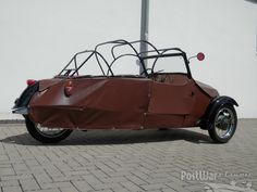 1968 Velorex 16 / 350 convertible (sold or no longer on the market) - PreWarCar Strange Cars, Weird Cars, Crazy Cars, Trike Scooter, Bmw Isetta, Microcar, Reverse Trike, Unique Cars, Car Wheels