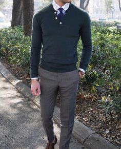 The perfect spring look - the Green henley paired with a Cardiff shirt and Dark blue wool tie. www.Grandfrank.com