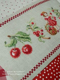 1 million+ Stunning Free Images to Use Anywhere Cross Stitching, Cross Stitch Embroidery, Hand Embroidery, Cross Stitch Designs, Cross Stitch Patterns, Cross Stitch Fruit, Diy Broderie, Cherries Jubilee, Cross Stitch Angels
