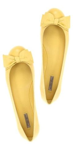 Sunny bow flats.  Perfect for dancing at your Sangeet, Gaye holud or mehndi!