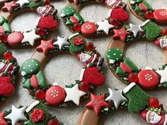 Christmas Cookies Gift, Christmas Gingerbread, Christmas Wreaths, Tree Cookies, Cupcake Cookies, Candy Corner Ideas, Creative Christmas Food, Cookie Gifts, Cookie Decorating