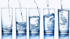What's the difference between distilled water, spring water and purified water? Need a breakdown of bottled water facts? Find out what's in different types of water, what isn't, Rheumatische Arthritis, Health Benefits, Health Tips, Women's Health, Brain Health, Health Articles, Dental Health, Aloe Vera Creme, Water Retention Remedies