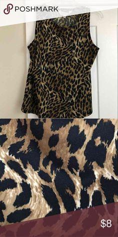 Animal print sleeveless top med Very nice top Tops Blouses