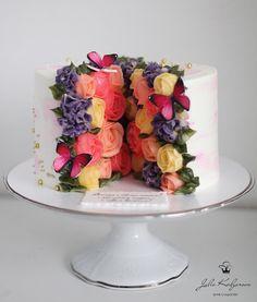 Beautiful Birthday Cakes, Gorgeous Cakes, Pretty Cakes, Cute Cakes, Amazing Cakes, Fancy Cakes, Mini Cakes, Cupcake Cakes, Bolo Floral