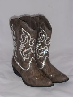 Forever bling cowboy boot by Timetwochange on Etsy, $200.00