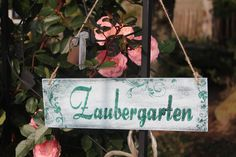 Hübsches Vintage-Holzschild für Deinen Zaubergarten, Garten Deko / white vintage sign made of wood, magical garden decoration made by Inas Nordlichter via DaWanda.com