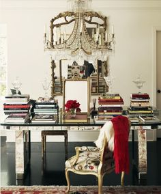 Anna Wintour office | Hard at work, Editor and Picture walls