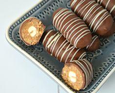 Deze bonbons zijn echt zo lekker! Ze hebben wat weg van de marmerkoekjes die ook op mijn blog staan,maar het even wat anders door de no...