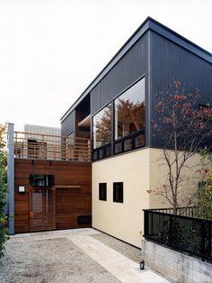 House Cladding, Facade House, Modern Exterior, Exterior Design, Narrow House, Winter House, Modern Buildings, Architect Design, Modern House Design