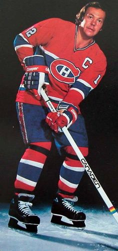 yvan cournoyer - Google Search Montreal Canadiens, Mtl Canadiens, Canadian Hockey Players, Nhl Players, Women's Hockey, Hockey Cards, Baseball, Good Old Times, Vancouver Canucks