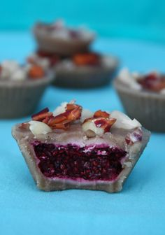Peanut butter and jelly cups - Raw and Vegan