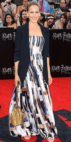 Love this head-to-toe, adding a blazer to an evening gown instantly ups the cool factor.