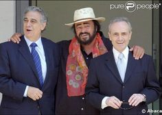 With his buddies, Placido Domingo and Jose Carreras