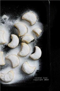 keju keju kraft heel kering putri salju cookies keju resep dapur umami ...