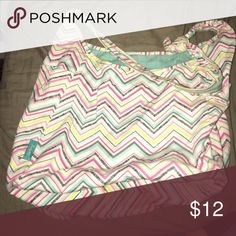 THIRTY-ONE Shoulder Bag! Used Thirty-One Shoulder bag! A couple scuff marks on it. Great for college or high school. Perfect for laptops and notebooks! Bags Shoulder Bags