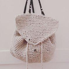 рюкзак, связанный крючком
