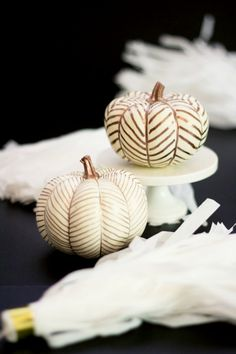 Make your house look festive and gorgeous this fall with these 11 Best Stylish pumpkins that are painted, embellished and just plain gorgeous.