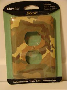 Man Cave Deco- Green Metal Camo Outlet Wallplate