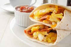 Egg White Breakfast Burrito (from meals under 200 calories) Low Potassium Recipes, Low Sodium Recipes, Low Calorie Recipes, Breakfast Wraps, Breakfast Burritos, Breakfast Recipes, Protein Breakfast, Breakfast Pastries, Salmon Breakfast