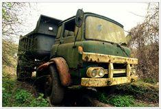 Abandoned Cars, Abandoned Vehicles, Bedford Truck, Military Vehicles, Old School, Monster Trucks, British, Europe, Classic