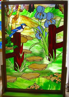 Au Fond du jardin, panneau de porte en Vitrail Tiffany : Vitraux par clea-timpani Stained Glass Flowers, Stained Glass Patterns, Tiffany, Animal Quilts, Z Arts, Glass Wall Art, Recycled Glass, Light Art, Square Quilt