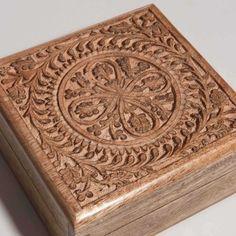 Caja de madera esculpida MANDALA