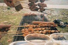 Jak namíchat omáčky a marinády na grilování | 4 recepty Soup, Yummy Food, Meat, Chicken, Baking, Recipes, Delicious Food, Bakken, Soups