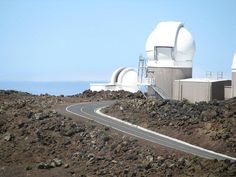 Haleakala also has the only Astronomical Research Observatory of Hawaii. It is located at a height of 1/3rd up in the Earth's Atmosphere and hence provides splendid views for Astronomers