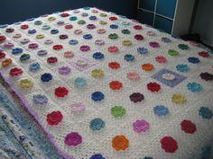 crochet flowers - how devine! Love Crochet, Crochet Granny, Knit Crochet, Crochet Hats, Crochet Ideas, Flower Patterns, Color Patterns, Pattern Ideas, Diy Flowers
