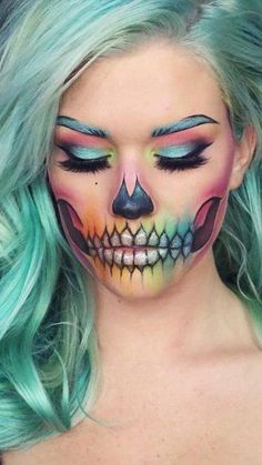 51 Killing Halloween Make-up-Ideen, um alle Komplimente zu sammeln . - 51 Killing Halloween Makeup Ideas To Collect All Compliments And Treats Hübsche Halloween-Make-up - Beautiful Halloween Makeup, Halloween Makeup Looks, Cute Makeup, Pretty Makeup, Scary Halloween, Halloween 2017, Halloween Costumes, Pretty Skeleton Makeup, Halloween Party