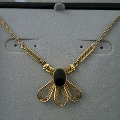 Vintage Curtis Creations necklace Galliano Manzotti Uncas, Curtman 16 in filigree onyx cabachon. This is gold filled 12k (50% gold)(50%alloy) uncas Jewelry Necklaces