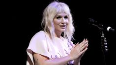 "Kesha Gives Powerful Performance Of Lady Gaga's ""Til It Happens to You"""