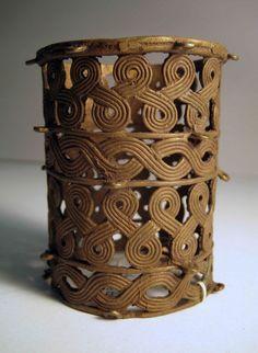 AFRICAN ART: Bracelet, Benin Kingdom, Nigeria, brass, 18th to 19th century, @ Ethnologisches Museum