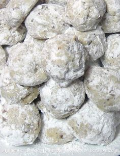 recipe for authentic Italian butterball cookies. Delicious, perfect for the holidays or a wedding and make a pretty gift.MY recipe for authentic Italian butterball cookies. Delicious, perfect for the holidays or a wedding and make a pretty gift. Italian Cookie Recipes, Italian Cookies, Italian Wedding Cookies, Wedding Cake Cookies, Mexican Wedding Cookies, Easy Italian Desserts, Italian Biscuits, Italian Foods, Dutch Recipes
