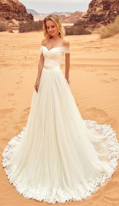 Long Train Wedding Dresses, White Wedding Dresses, Wedding dresses Train, Long Wedding Dresses, Sleeveless Wedding Dresses, Sexy Wedding Dresses, Long White dresses, Sexy White Dresses, White Long Dresses, Sexy Long Dresses, Applique Wedding Dresses, Sweep Train Wedding Dresses