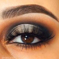 The Palace Eyeshadow Palette, West End Eyelashes, Dainty Highlighter, Makeup Brushes nos 201 & 203 Vegan Pink Eyeshadow, Eyeshadow Looks, Eyeshadow Makeup, Eyeshadow Palette, Makeup Brushes, Highlighter Makeup, Eyeshadow Steps, Smoky Eyeshadow, Neutral Eyeshadow