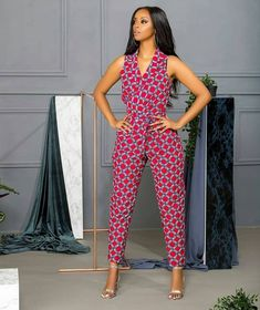 kitenge designs Kitenge Office Wear Outfits: The East African fabric, kitenge, comes in distinct prints and colors giving a quirky tribal vibe to it. Given its uniqueness, the fabric i African Fashion Designers, African Fashion Ankara, African Inspired Fashion, Latest African Fashion Dresses, African Print Fashion, Africa Fashion, Nigerian Fashion, Modern African Fashion, African Print Jumpsuit