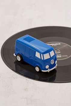 Shop Record Runner Cordless Vinyl Player at Urban Outfitters today. Music Decor, Cool Tech, Tech Accessories, Cleaning Wipes, Urban Outfitters, Electronics, Bobs, Vw, Birthday Gifts