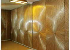 Lison de Caunes works on bespoke projects in her Paris workshops. She creates straw marquetry furniture, decorative objects and wall or interior decor. Design Art, Interior Design, Marquetry, Doorway, Decoration, Architecture, Wood Projects, New Homes, Table Lamp