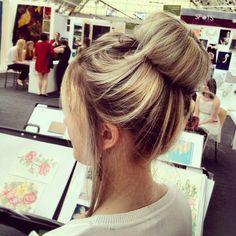 Ce sera un pour le shooting NRJ! Hair Donut, Locks, Serum, Hair Color, Hair Beauty, Nails, Hair Styles, Makeup, Pretty