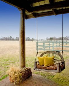 34 Best Rustic Porch Swing Ideas For Backyard - Popy Home Country Farm, Country Life, Country Living, Country Style, French Country, Design Patio, House Design, Swing Design, Door Design